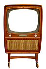 Gammelt tv-apparat med hvid skærm - Old wooden television set with white screen